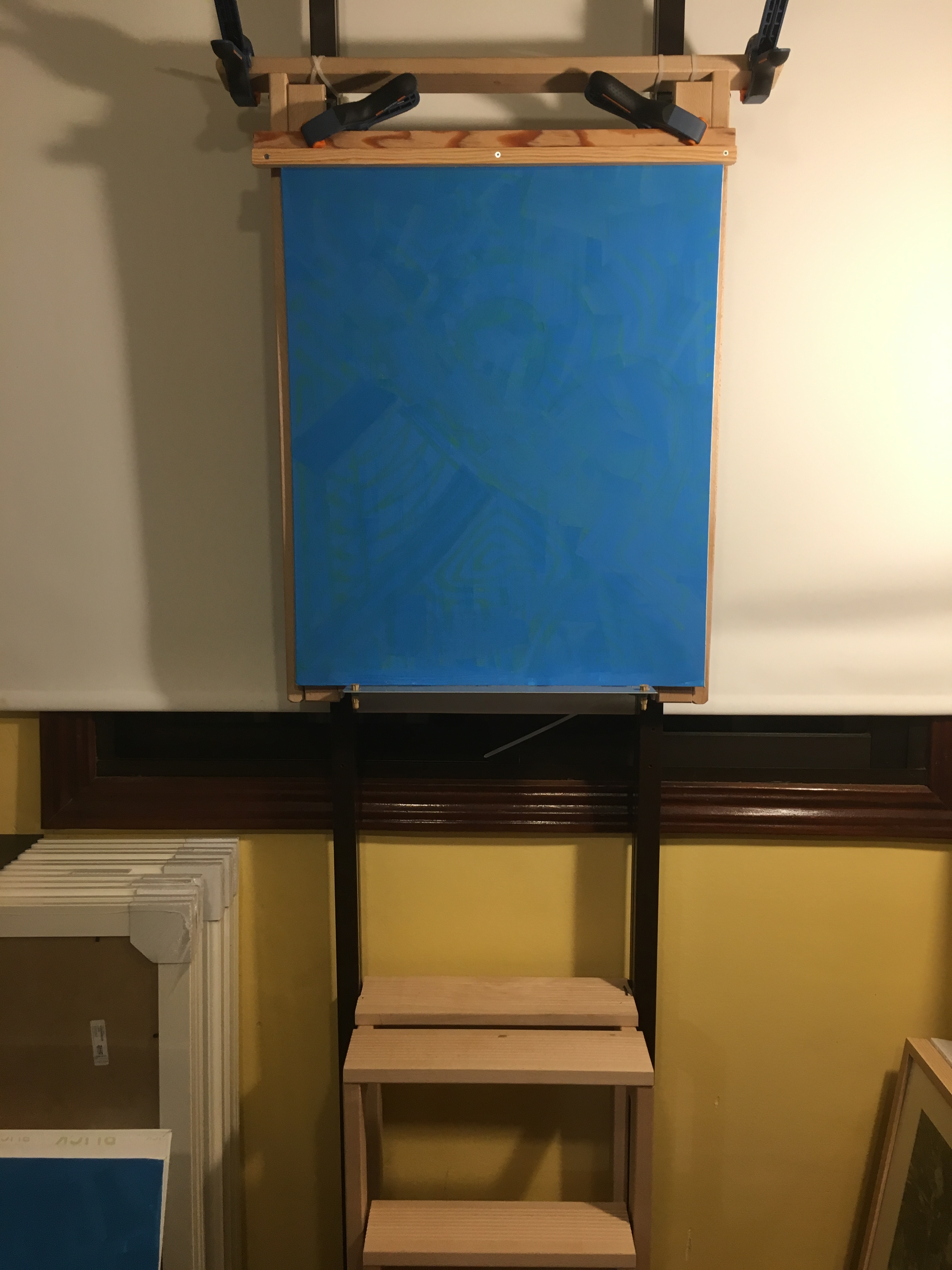 New easel, front view without inclination